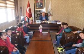 Öğrencilerden Başkanımıza Ziyaret