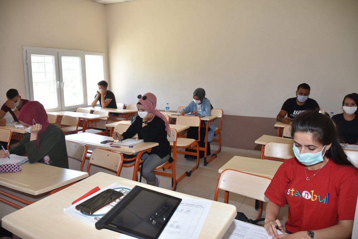Karaisali Belediyesi Ucretsiz KPSS Kursu Acti (1)